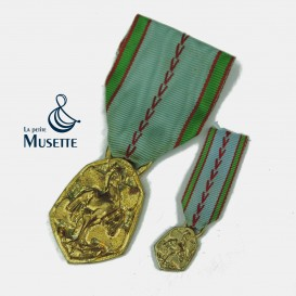 Commemorative Medal 39-45