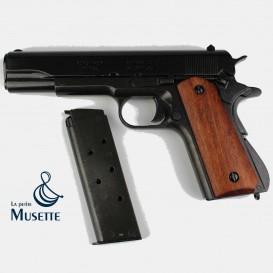 Colt 1911 A1, Wooden grips
