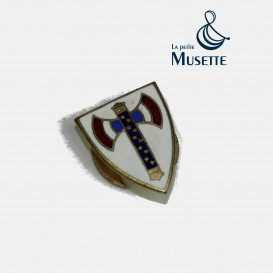 Vichy loyalty badge