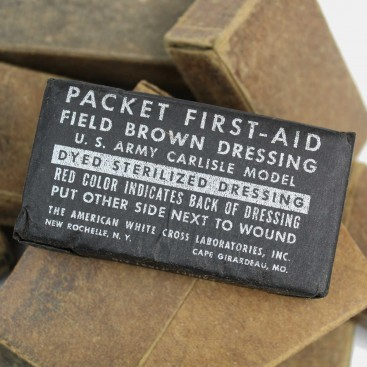 US WWII First-aid bandage