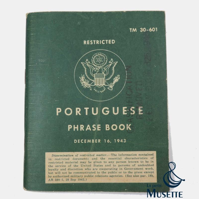 Book portuguese phrase